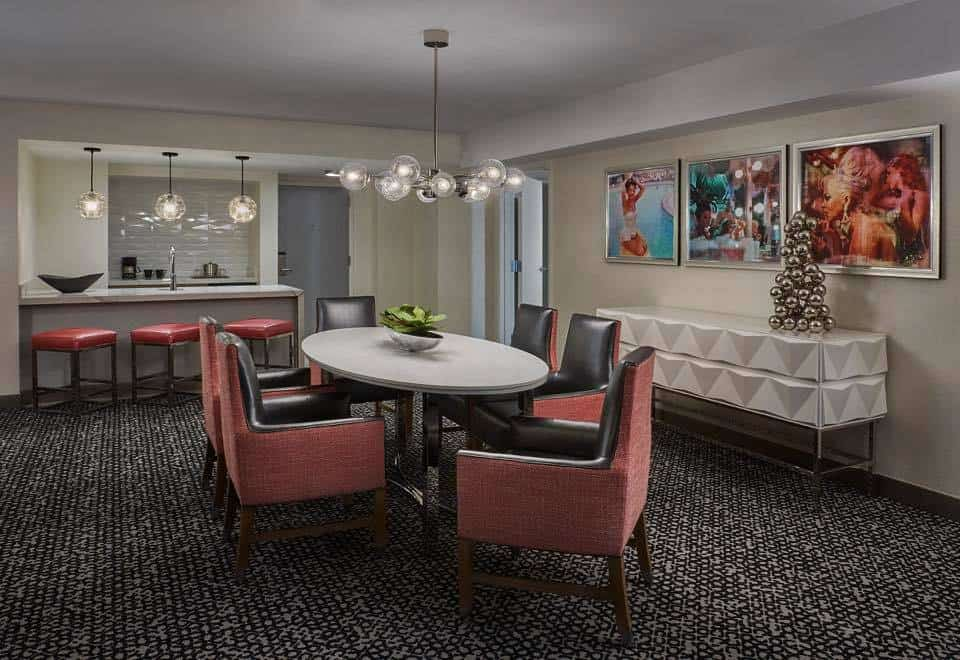 A Look Inside Flamingo S Newly Renovated Executive Suites