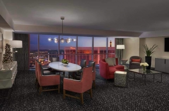 A Look Inside Flamingo's Newly Renovated Executive Suites