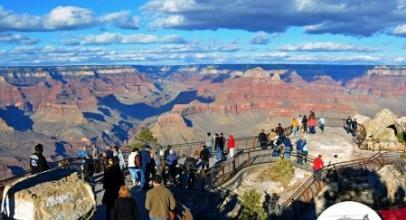 Save $70 On The Grand Canyon Explorer Tour With This Maverick Helicopters Promo Code