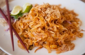 30% Cash Back at Tom Yum Thai Kitchen